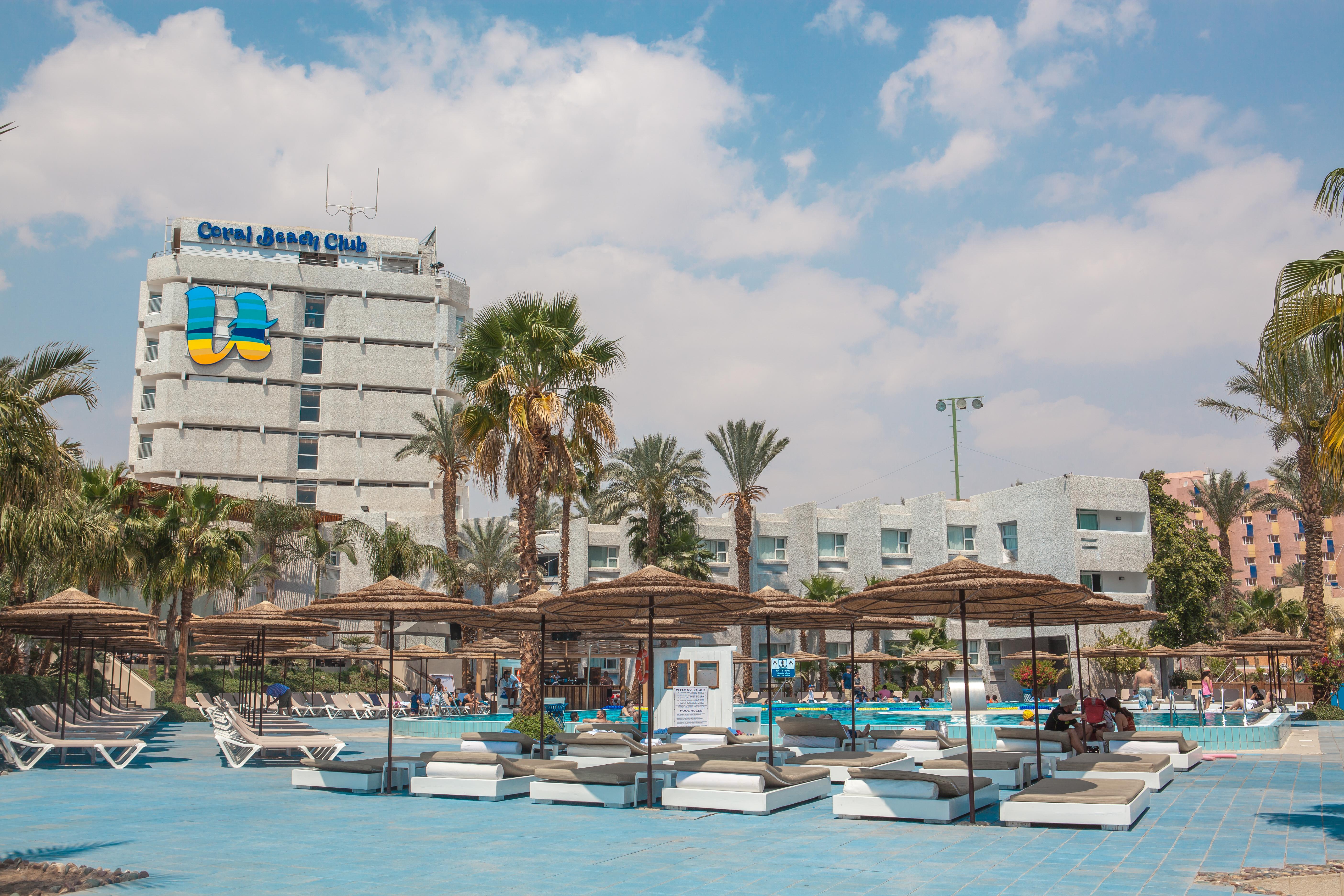 U Coral Beach Club Eilat File:U Coral Be...