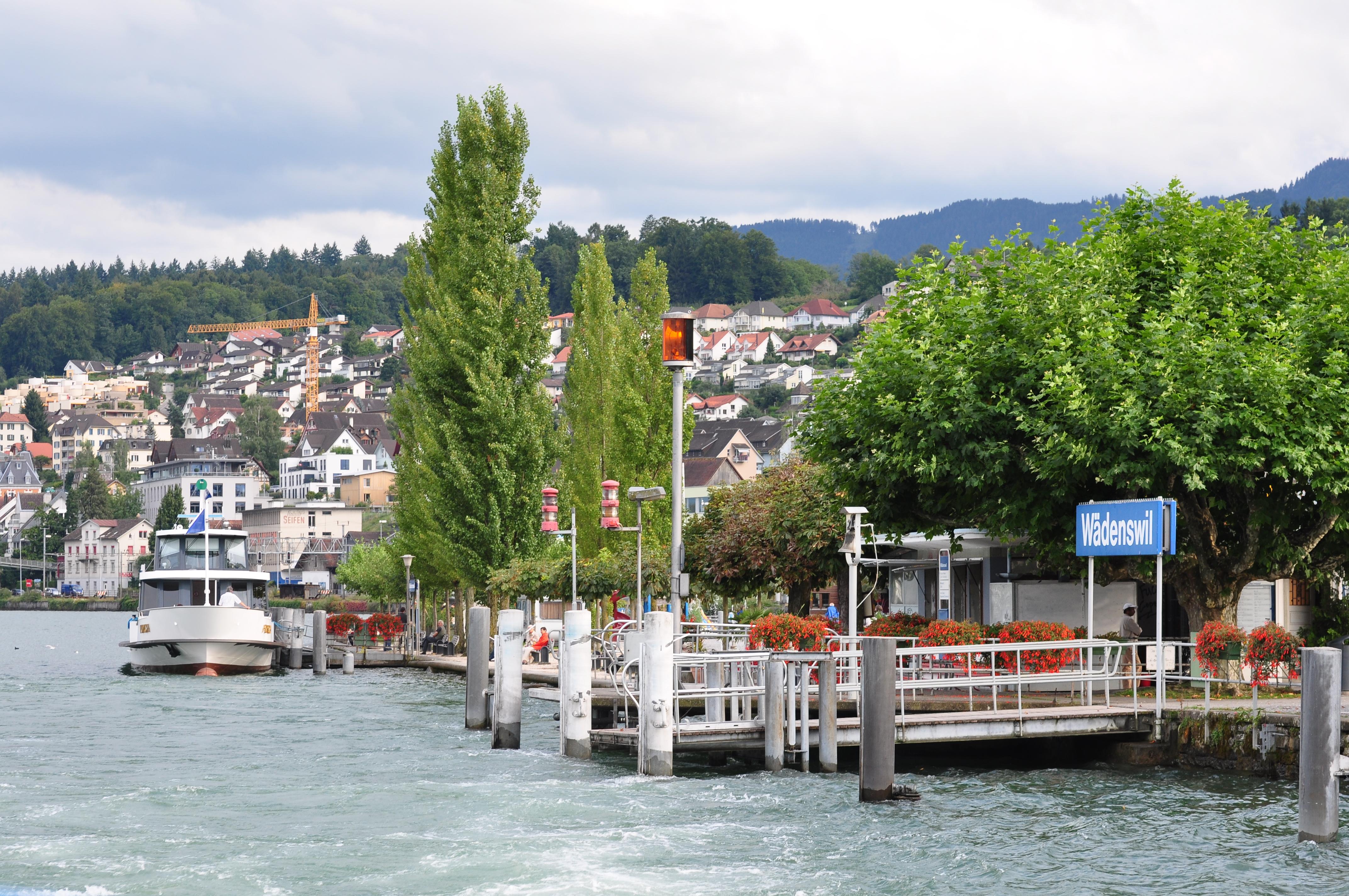 File:Zürichsee - Wädenswil IMG 2654.jpg - Wikimedia Commons