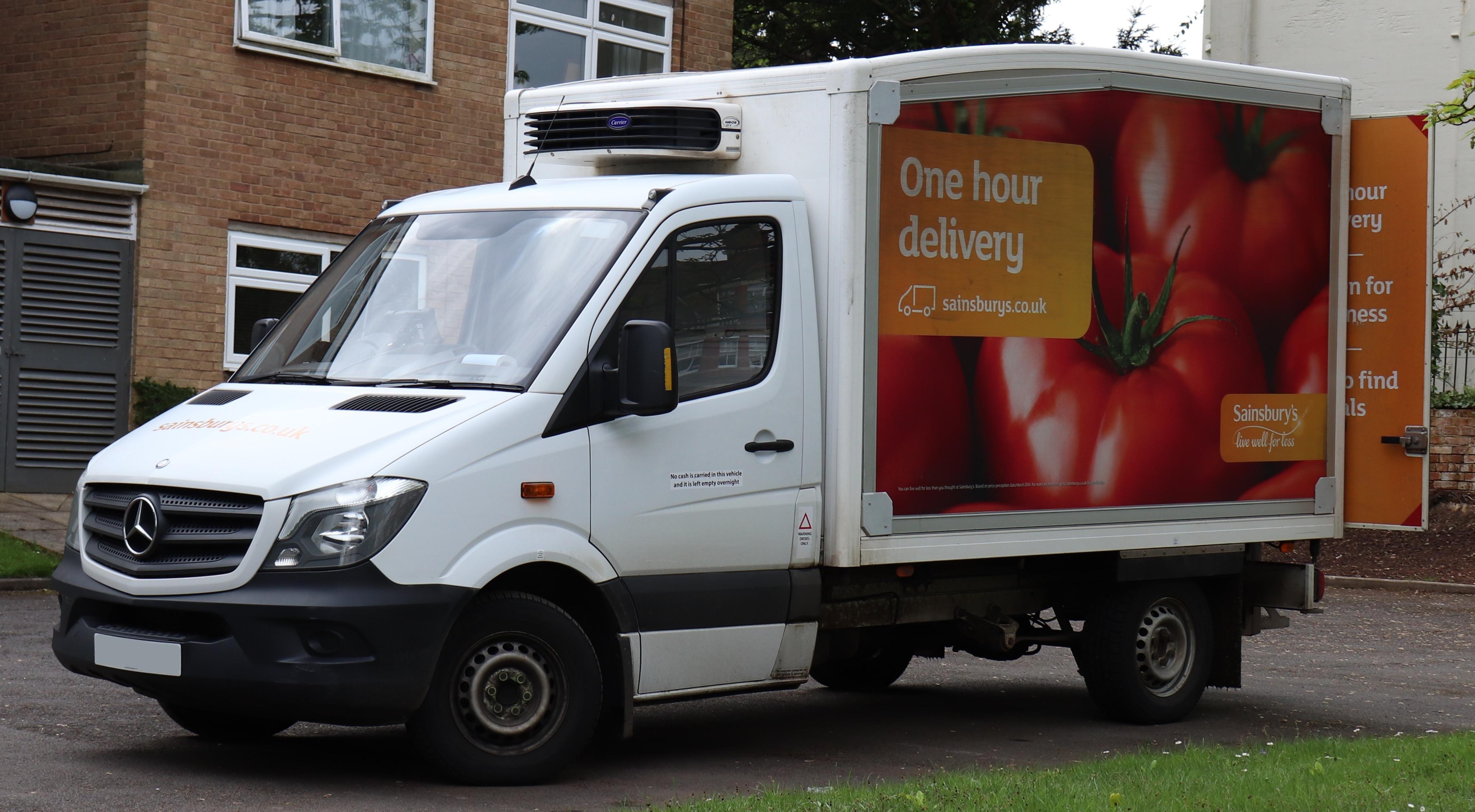 74c9208472 File 2014 Mercedes-Benz Sprinter 313 CDi Sainsbury s Delivery Van 2.1.jpg