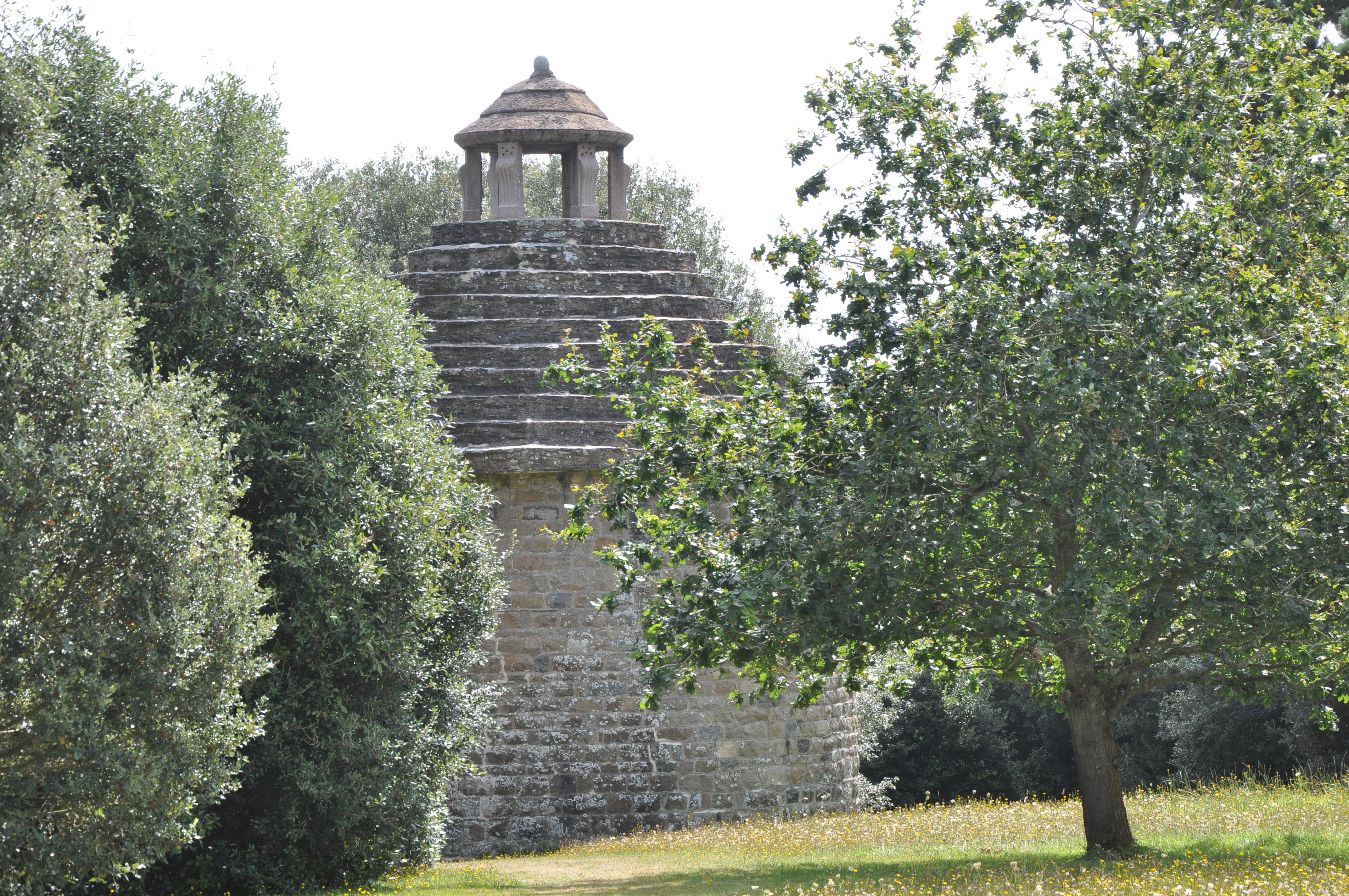 File 2017 Jardins De Kerdalo Pigeonnier Jpg Wikimedia Commons