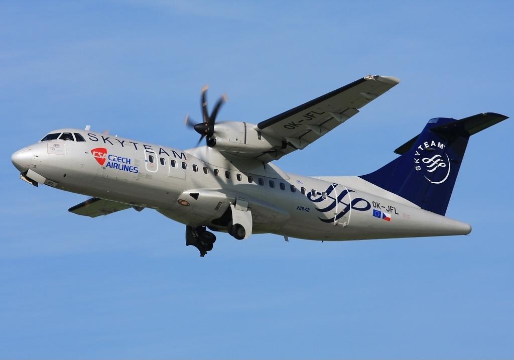 - csa File Skyteam Atr-42-500 atr An1720057 jpg Airlines Czech