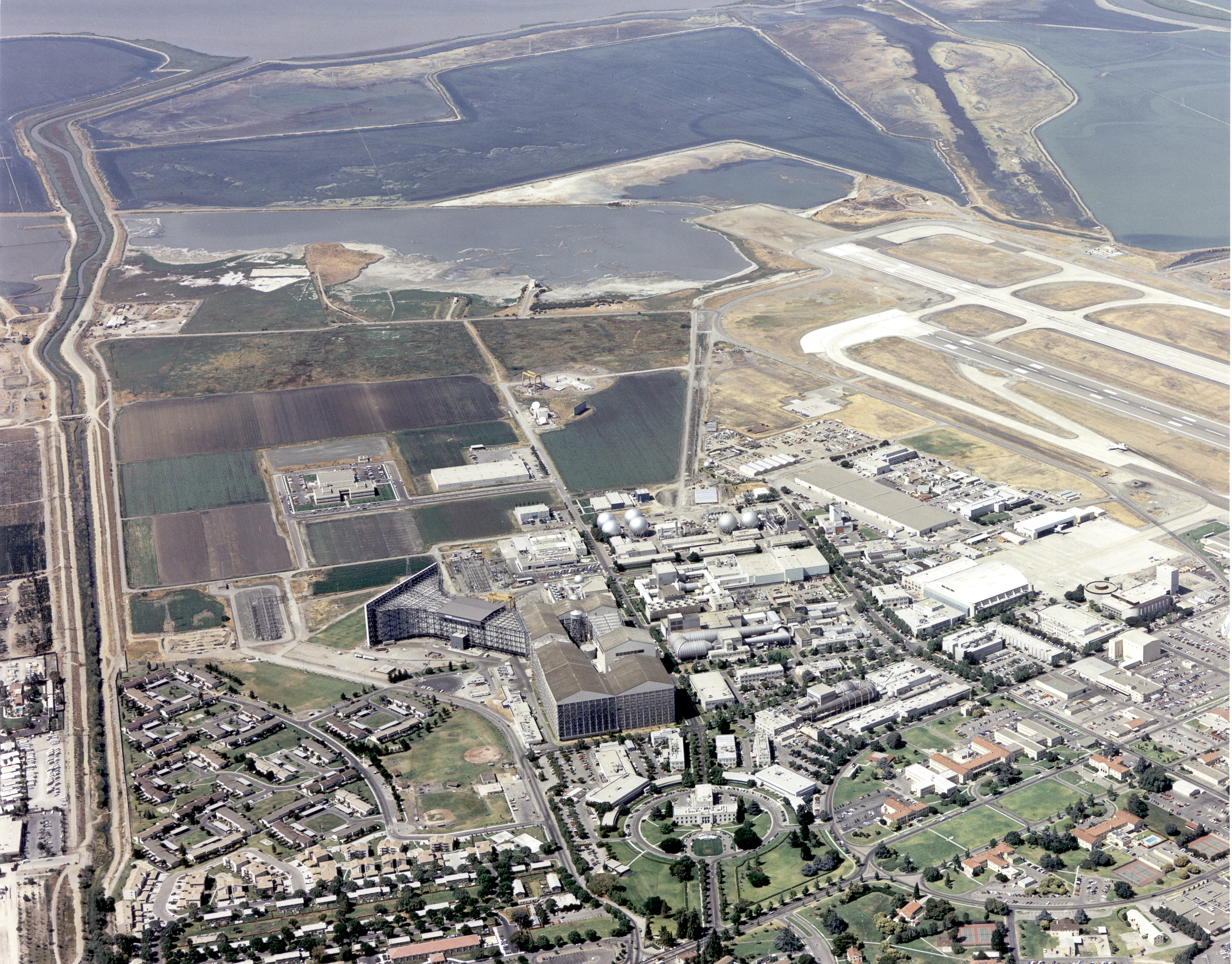 aerial view of nasa ames research center - photo #1