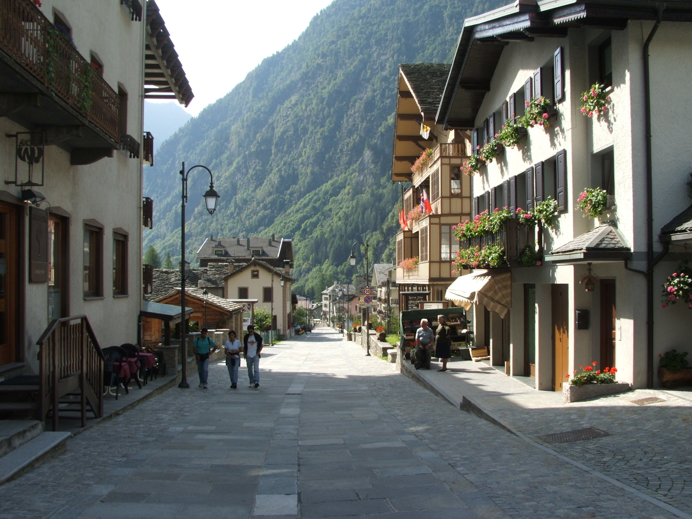 alagna valsesia bbw personals Discover (and save) your own pins on pinterest carcoforo, valsesia, vercelli, piemonte carcoforo, valsesia, vercelli, piemonte pinterest.