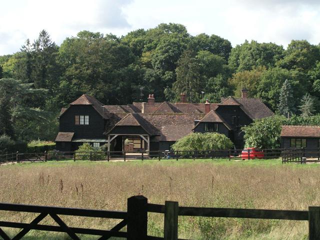 Barnfield Farm, Barnfield - geograph.org.uk - 242921