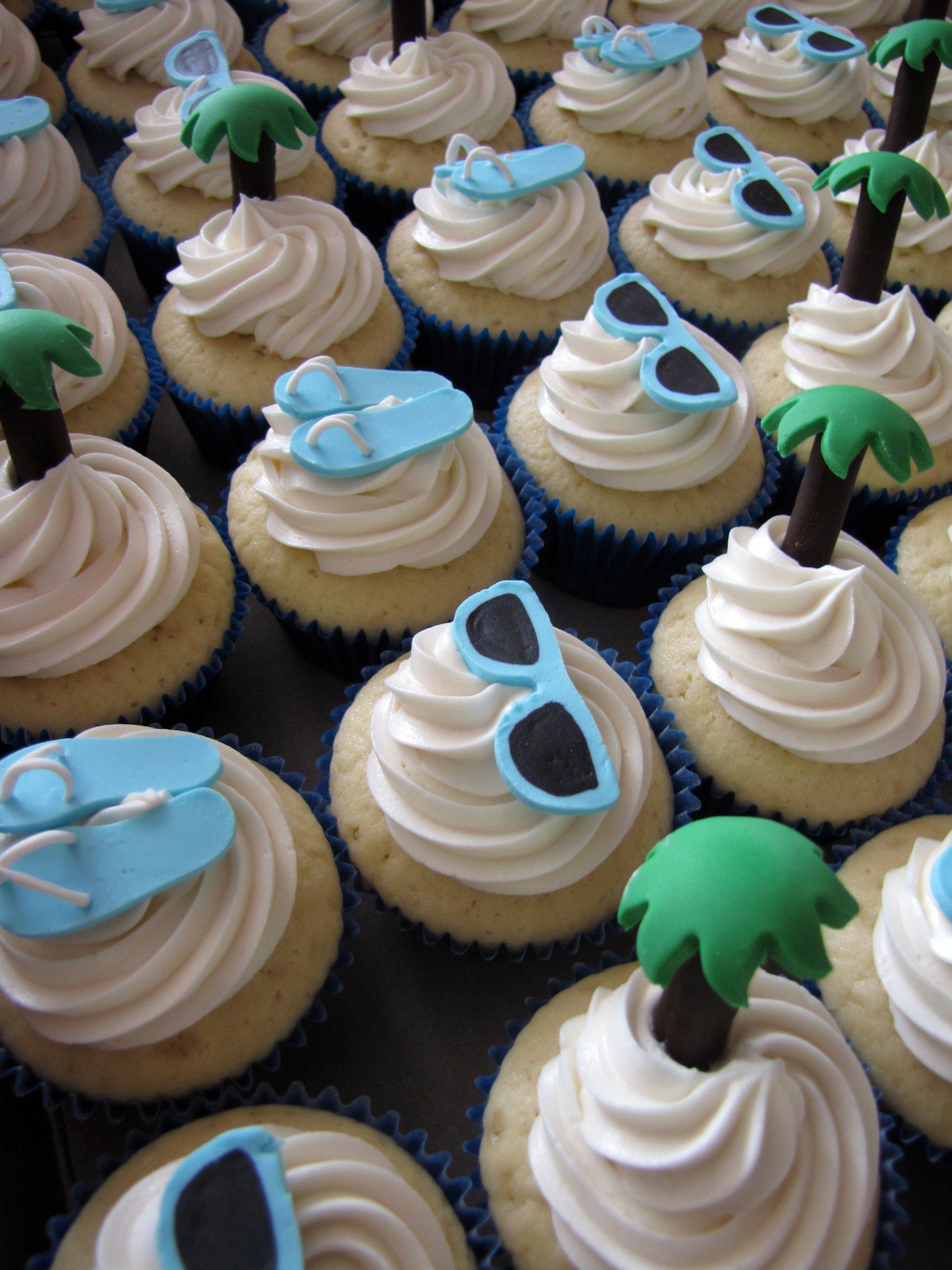 filebeach themed bridal shower cupcakes 4701417256jpg