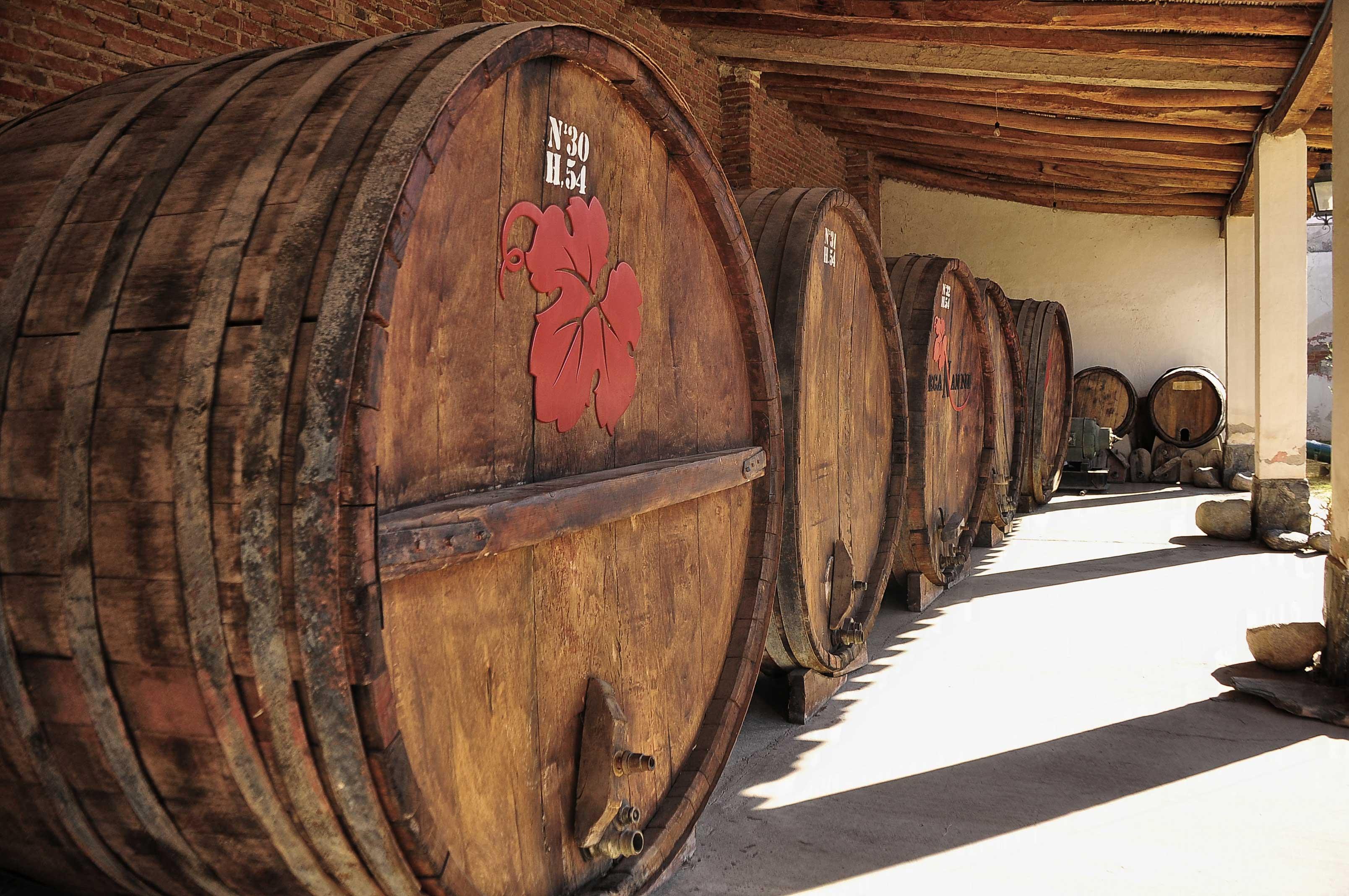 Filebig Wine Barrels Cafayete Argentina 7285509628jpg