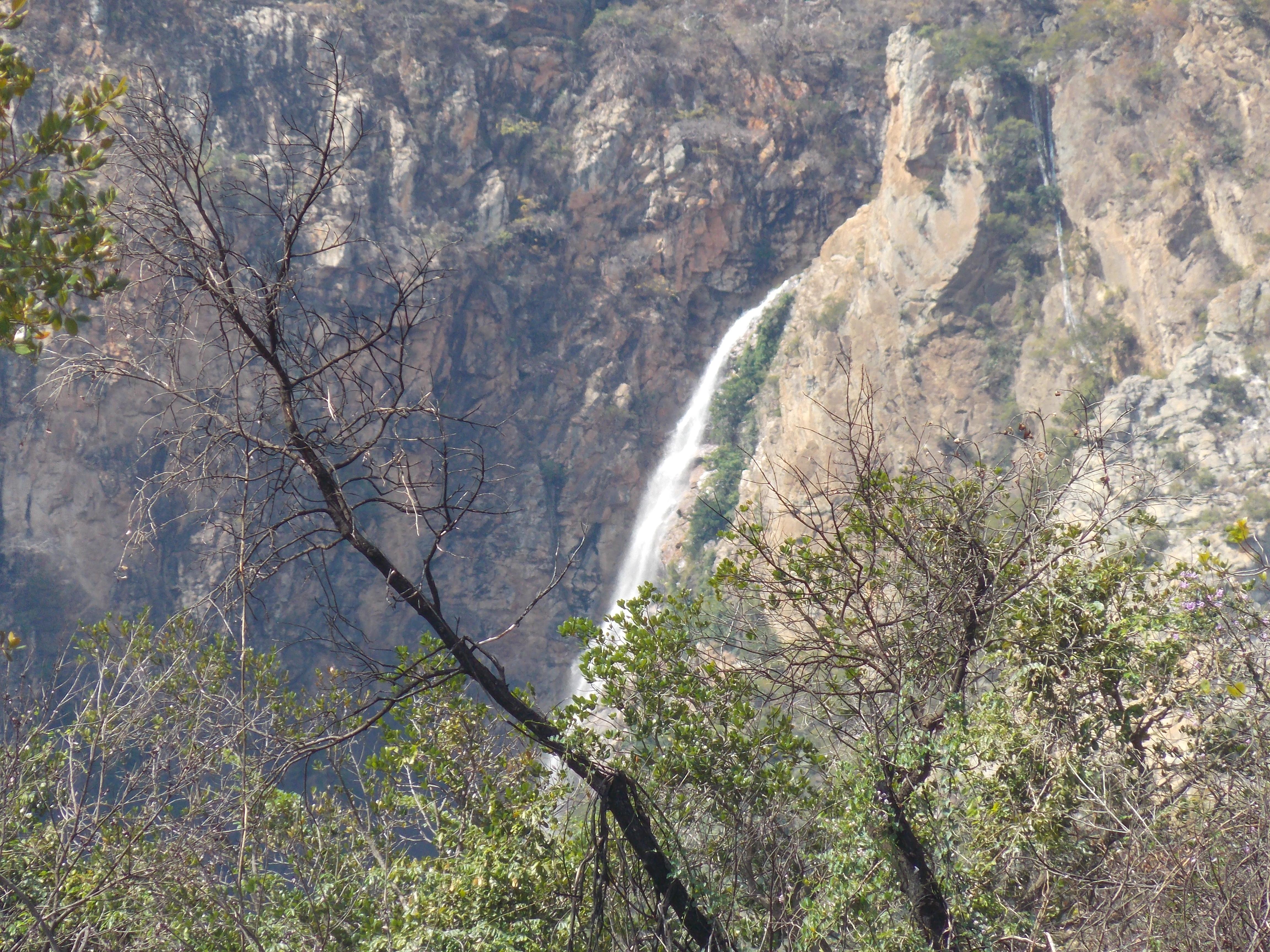 Porteirinha Minas Gerais fonte: upload.wikimedia.org