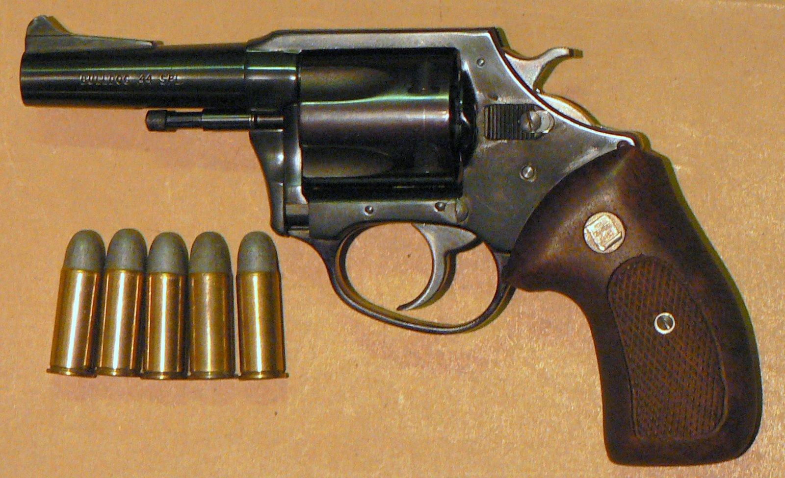 Charter Arms Bulldog - Wikipedia