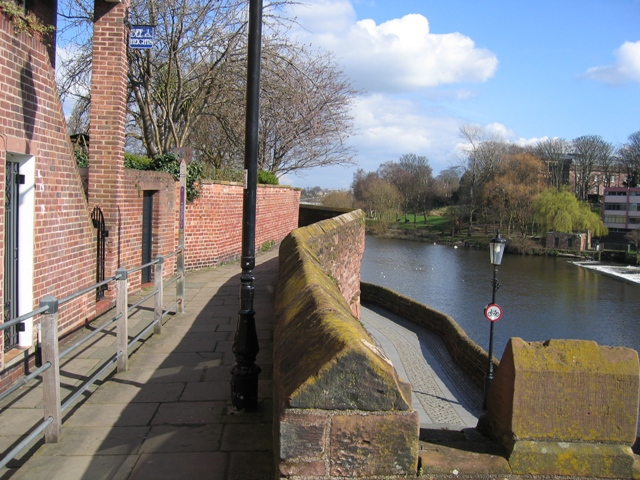 Chester's City Walls - Bridgegate to Eastgate ^3 - geograph.org.uk - 372205