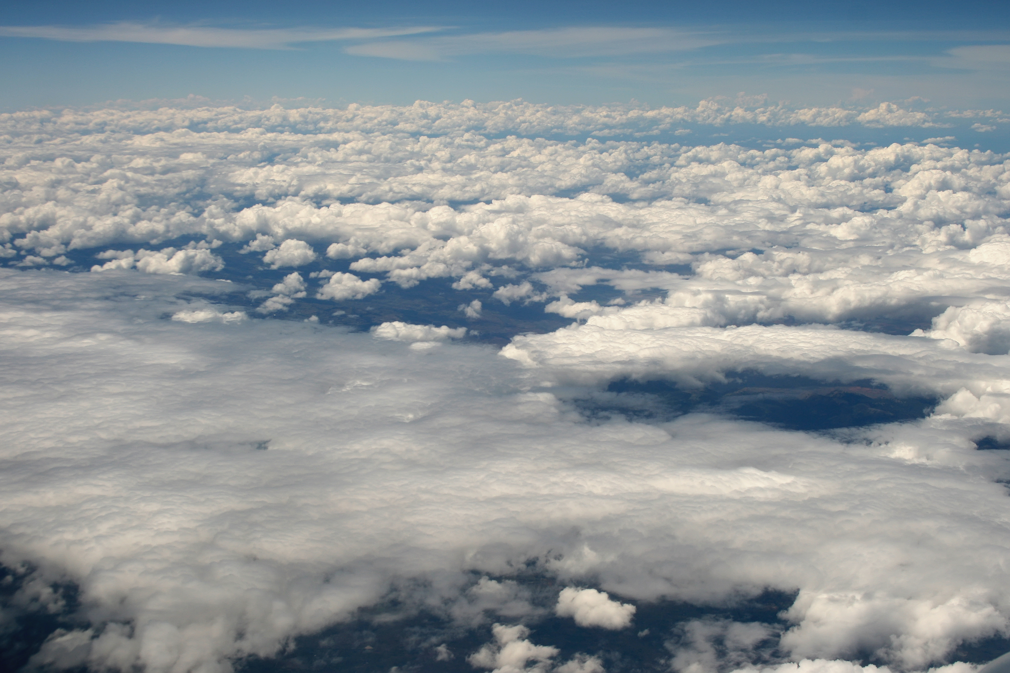 nasa makes clouds - HD 3522×2348