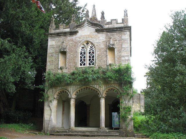Corsham Court gothic Bath House (geograph 2429639)