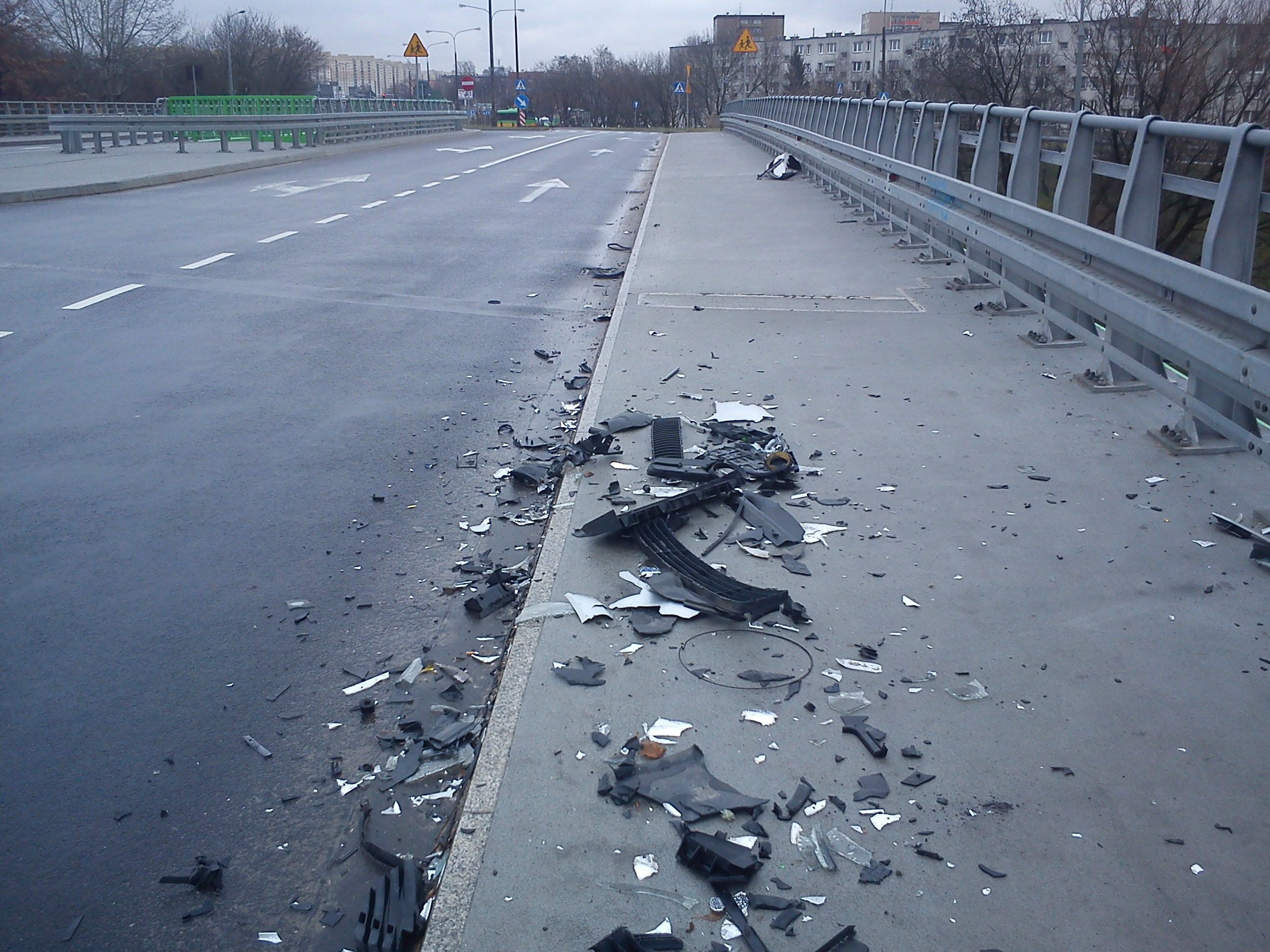 un reste de voiture après accident
