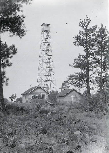 Dry Mountain Fire Lookout in the Ochoco National Forest, Oregon, circa 1930 Drymountainlookout1930.jpg
