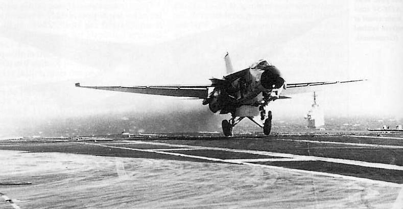 Description F-111B CVA-43 landing July1968.jpg