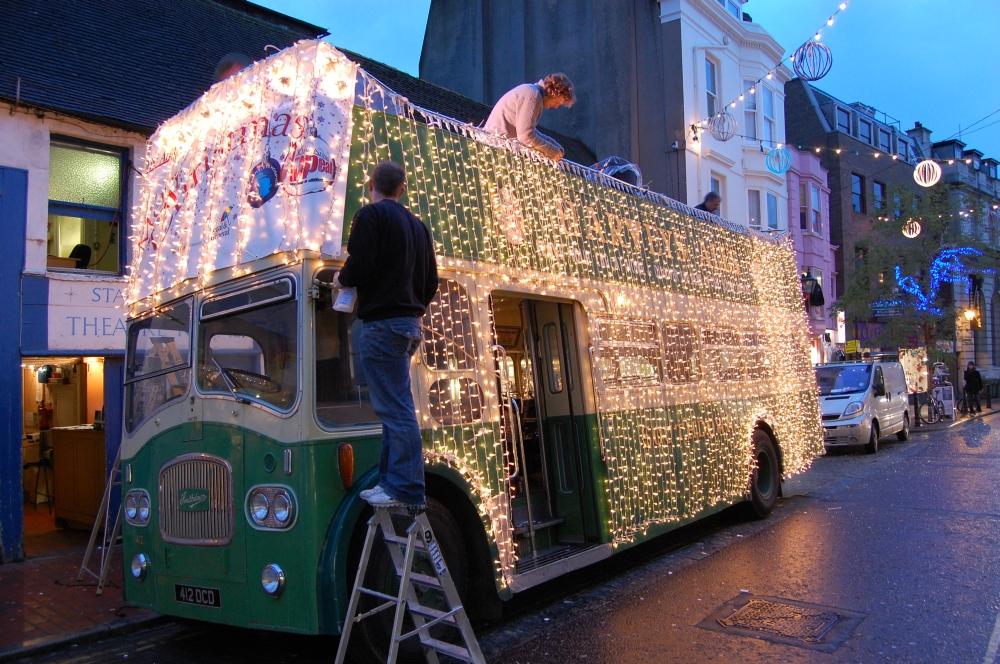 File:Fairy lights Christmas bus 412 OCD Brigthon 21 november 2007 ...