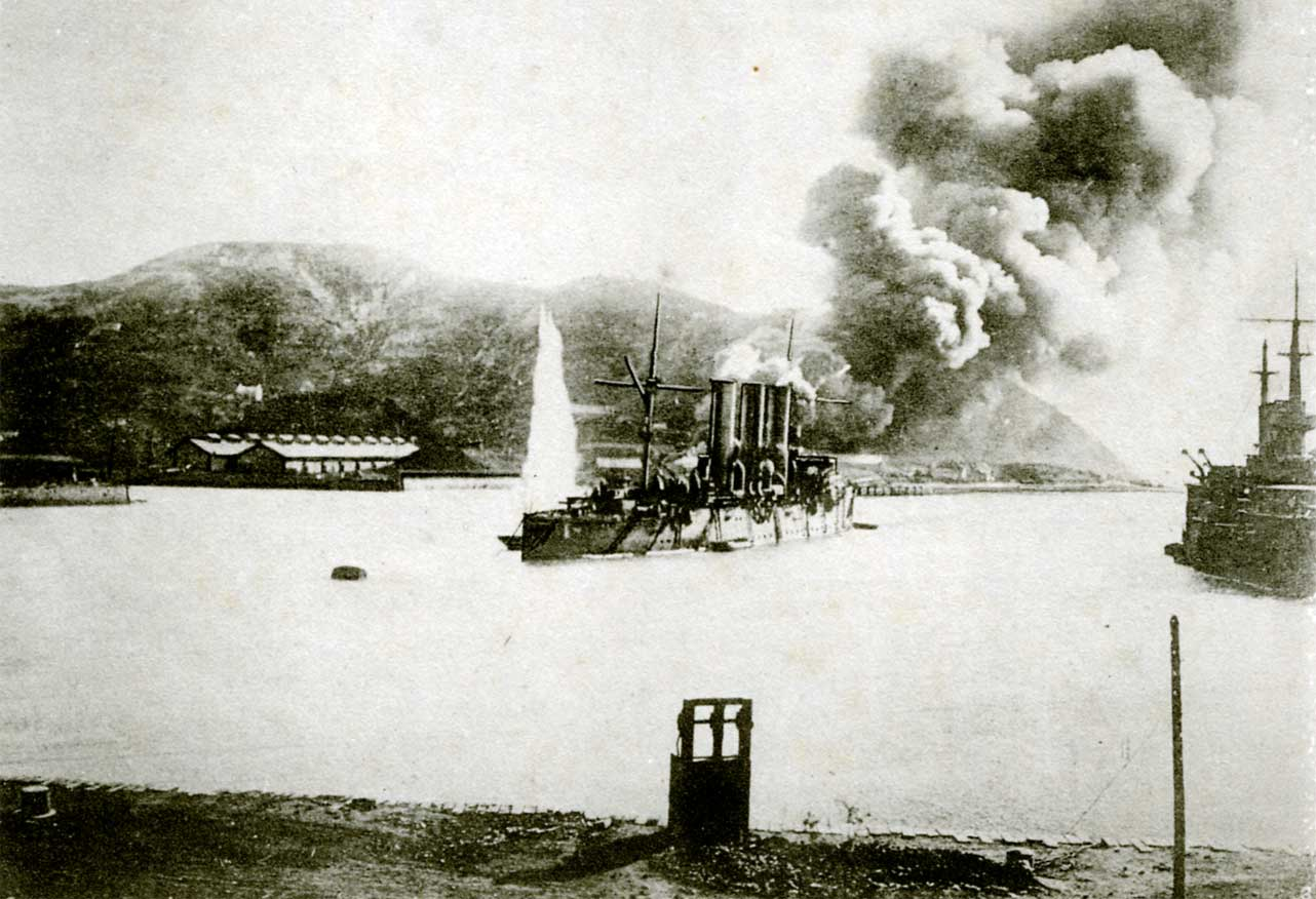 Fire_of_the_Oil_Depot_Caused_by_Our_Gunfire.jpg