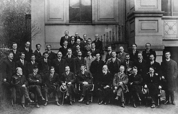 Members of the First Dail, 10 April 1919