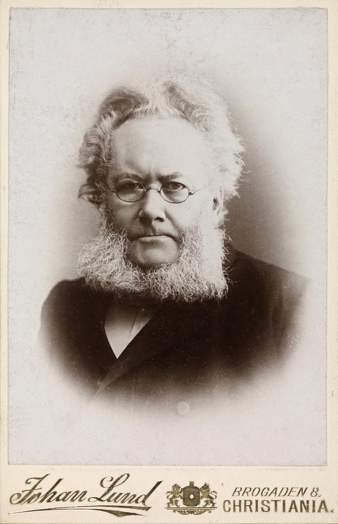 Henrik Ibsen, 1889-90 (4705765886).jpg