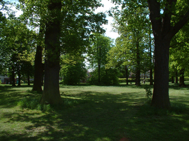 Hilly Fields Park, Clay Hill - geograph.org.uk - 9541