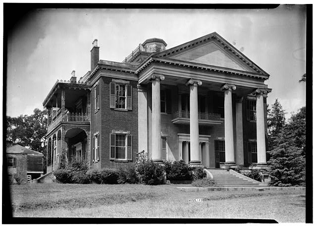 Homewood - Front (East) Corner - Natchez, Adams County, Mississippi.jpg
