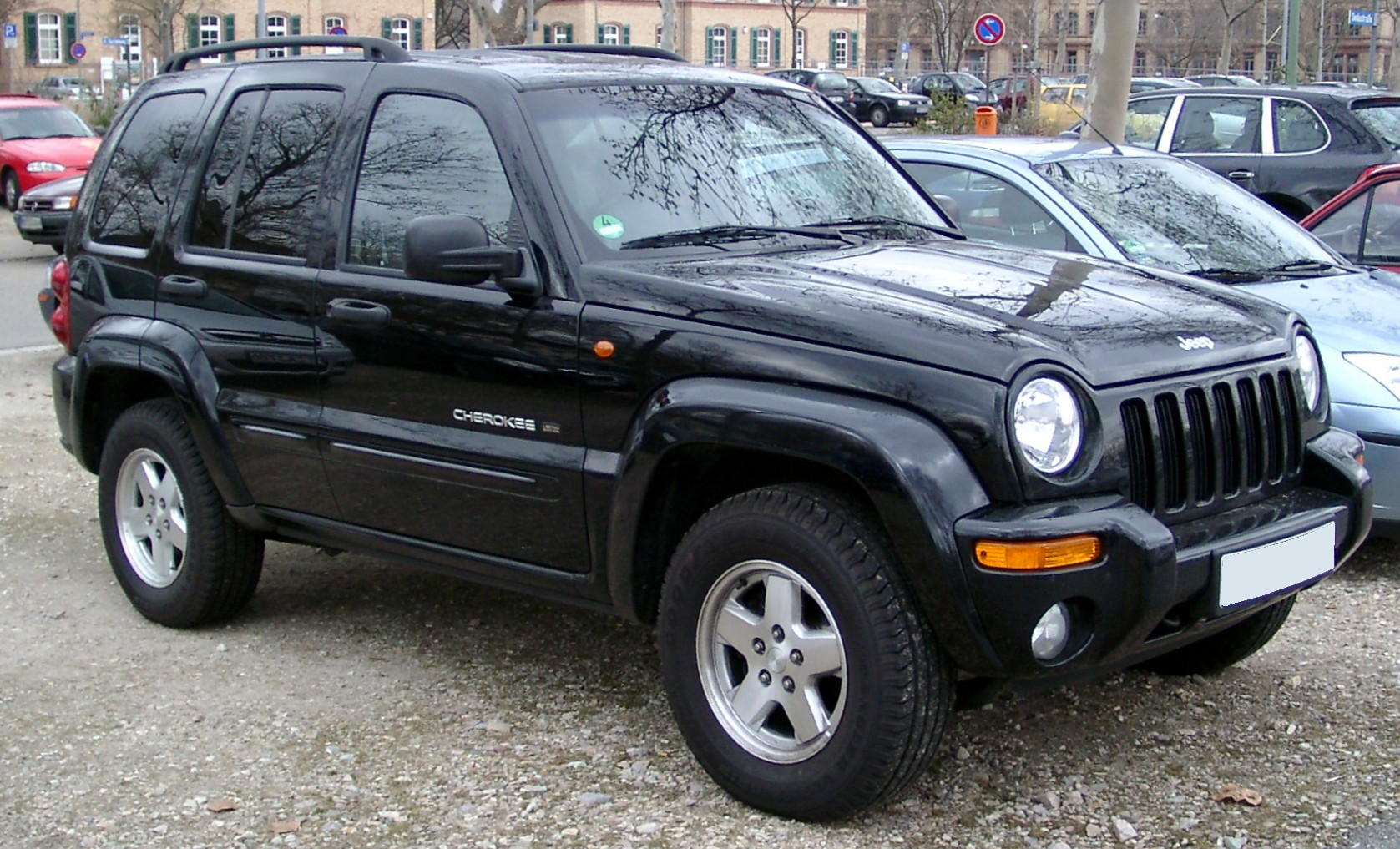 File Jeep Cherokee Front 20080228 Jpg Wikimedia Commons
