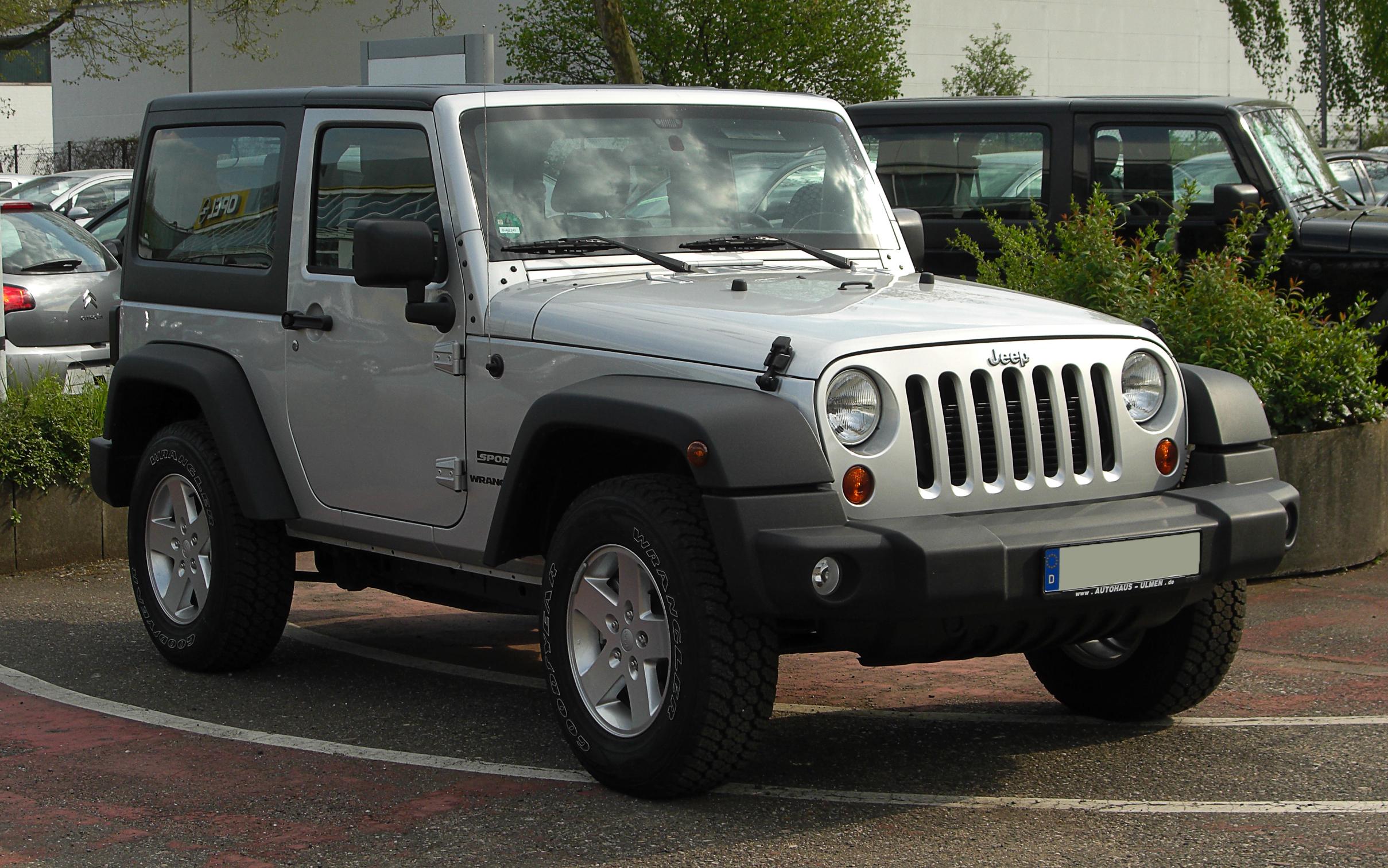 File:Jeep Wrangler Sport (JK) – Frontansicht, 16. April 2011 ...