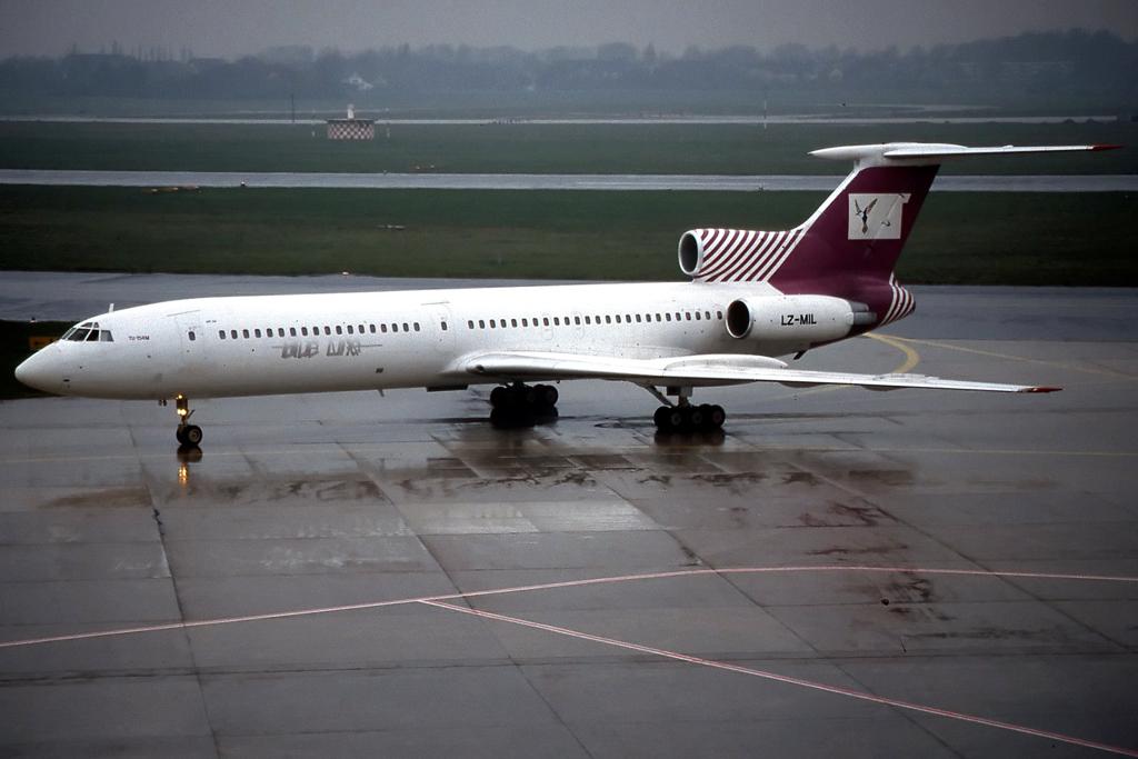 Tupolev Tu-154 - Wikipedia