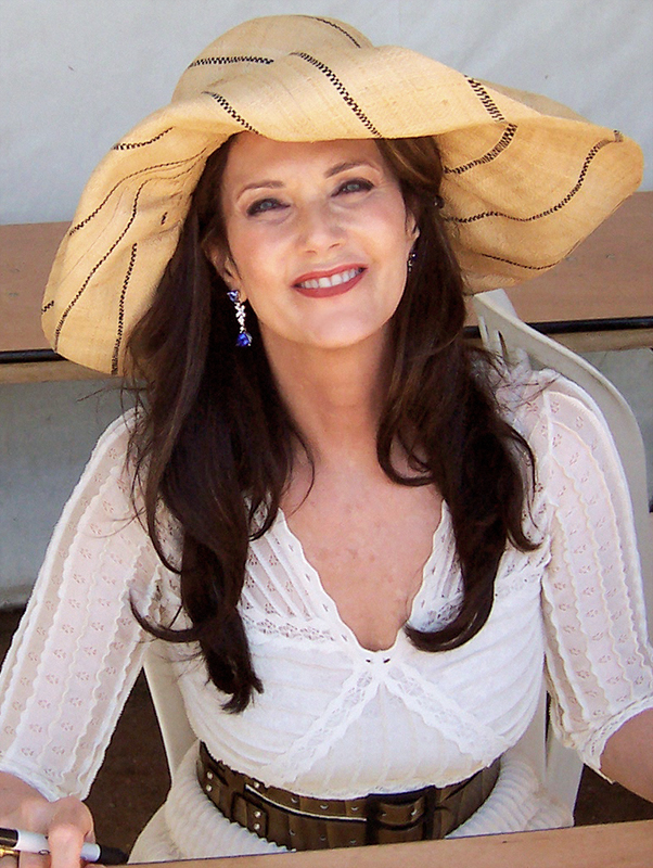 The 67-year old daughter of father Colby Carter and mother Juana Córdova Lynda Carter in 2018 photo. Lynda Carter earned a  million dollar salary - leaving the net worth at 10 million in 2018
