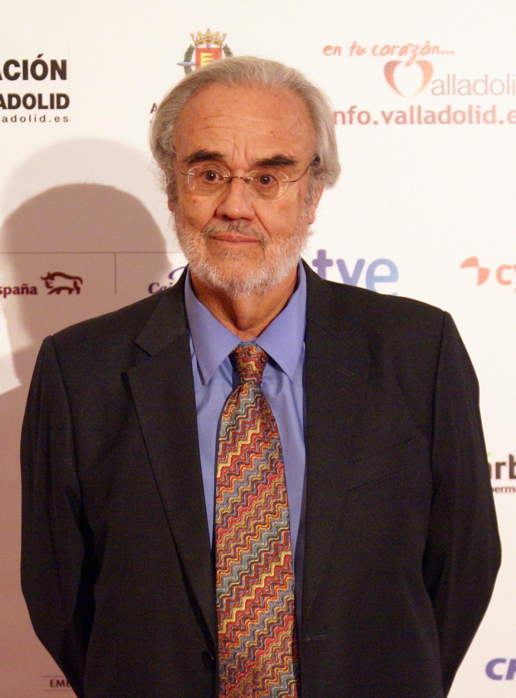 Manuel Gutiérrez Aragón Wikipedia
