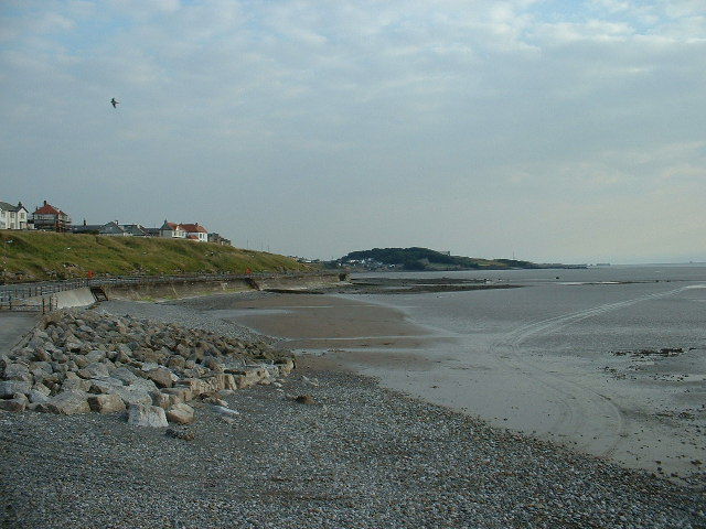 Morecambe seashore and groynes - geograph.org.uk - 32855
