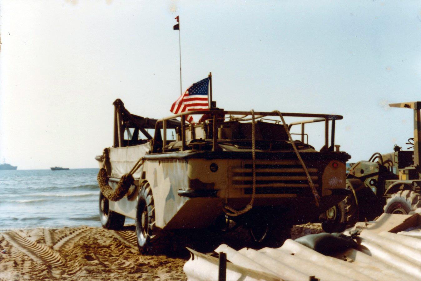 File:Navy Amphibian, Beirut 1982.jpg
