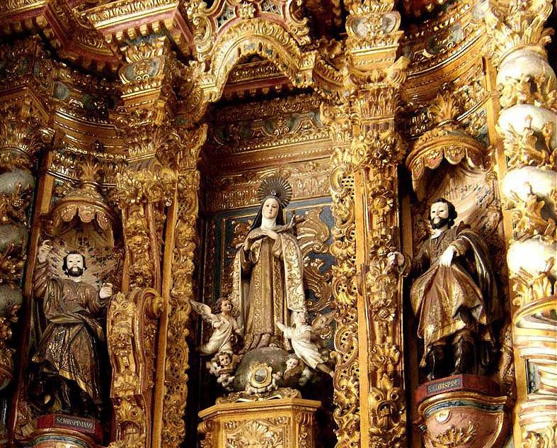Nossa-senhora-do-carmo3-altar.jpg