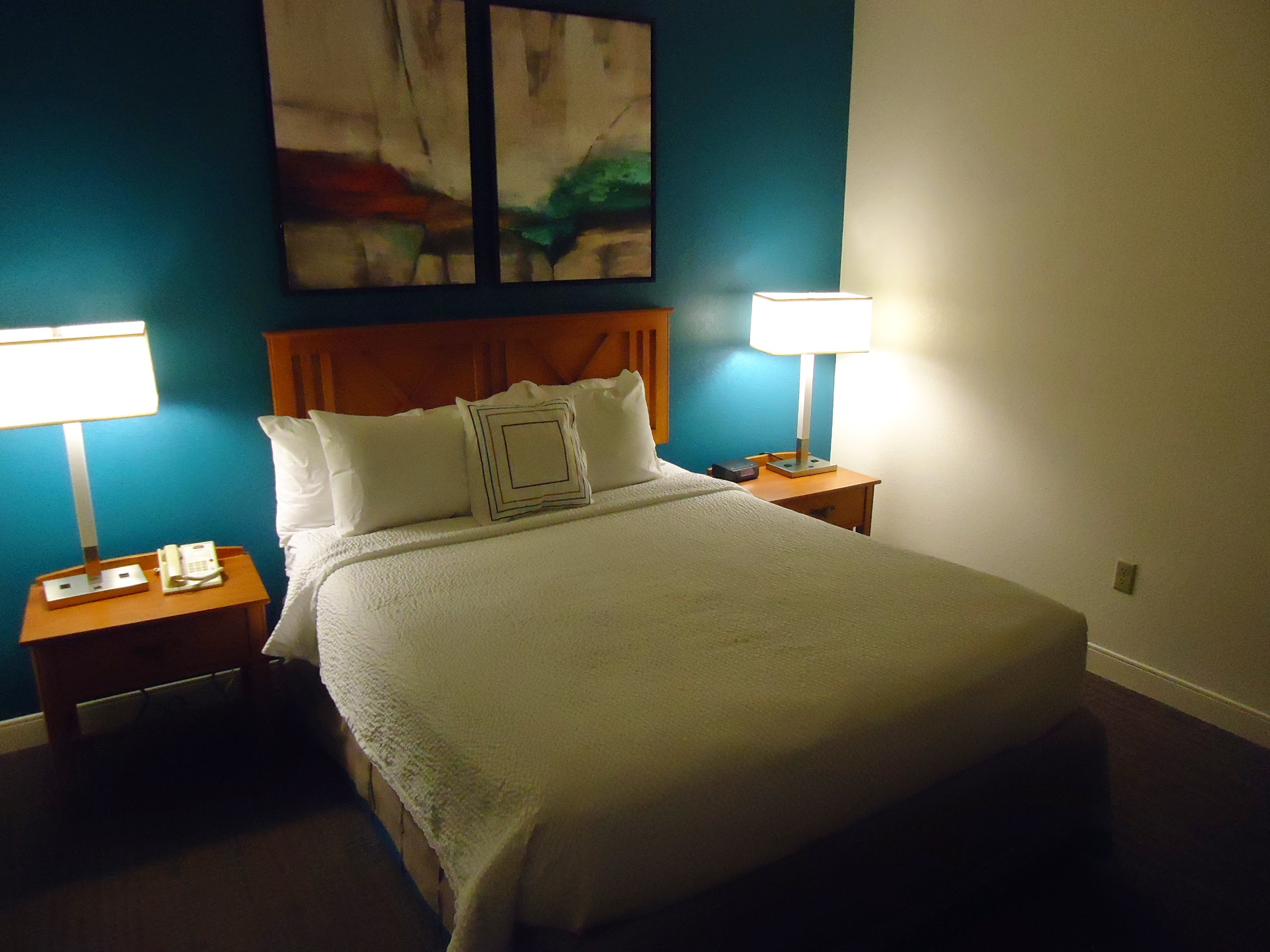 hor vancouver parq mattress guest hotel clsc guestroom marriott jw canada hotels luxury travel room yvrjw