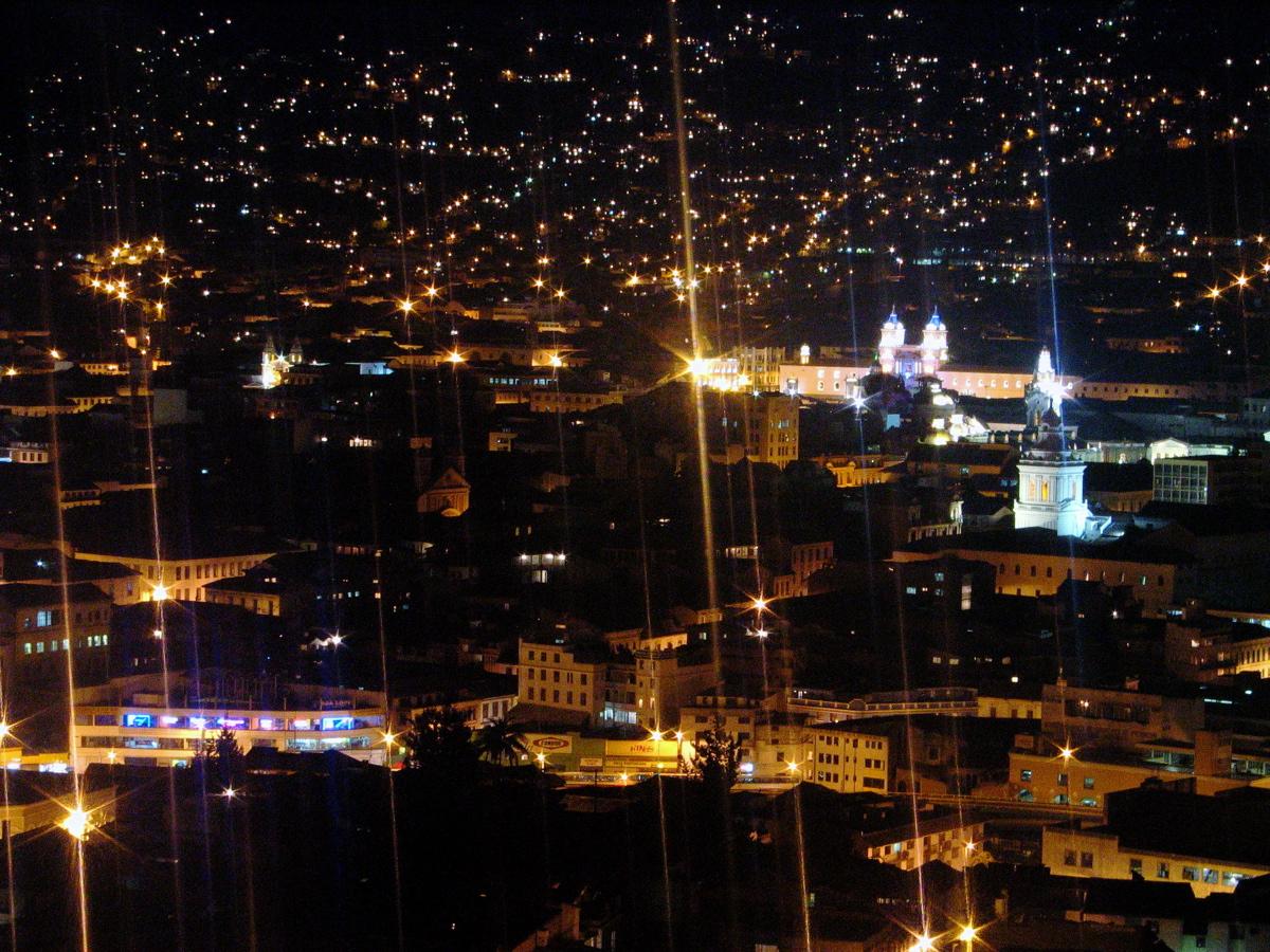 Barrios Del Centro Historico de Quito Quito-centro Historico Noche