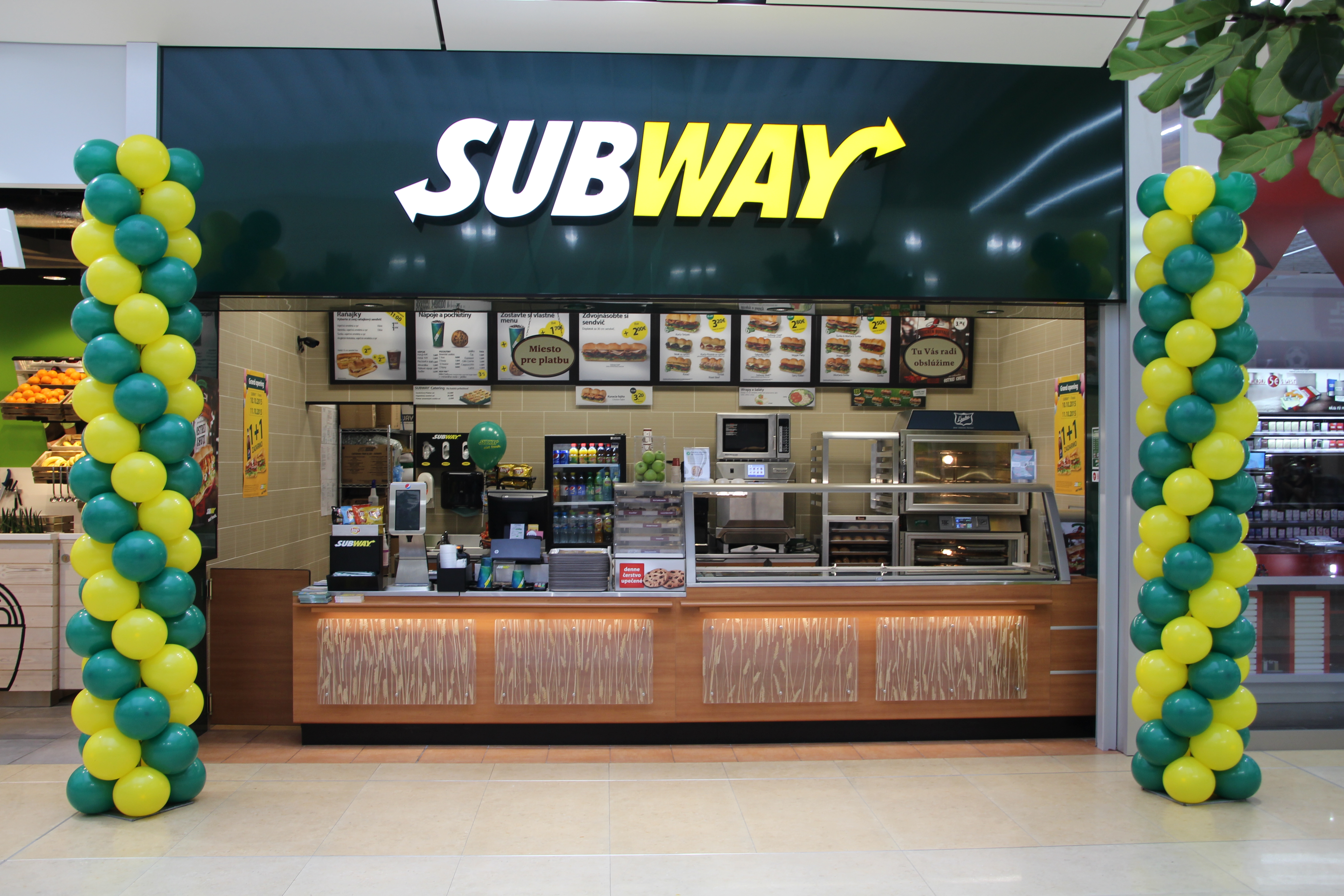 bd8106628e Subway Restaurants – Wikipédia