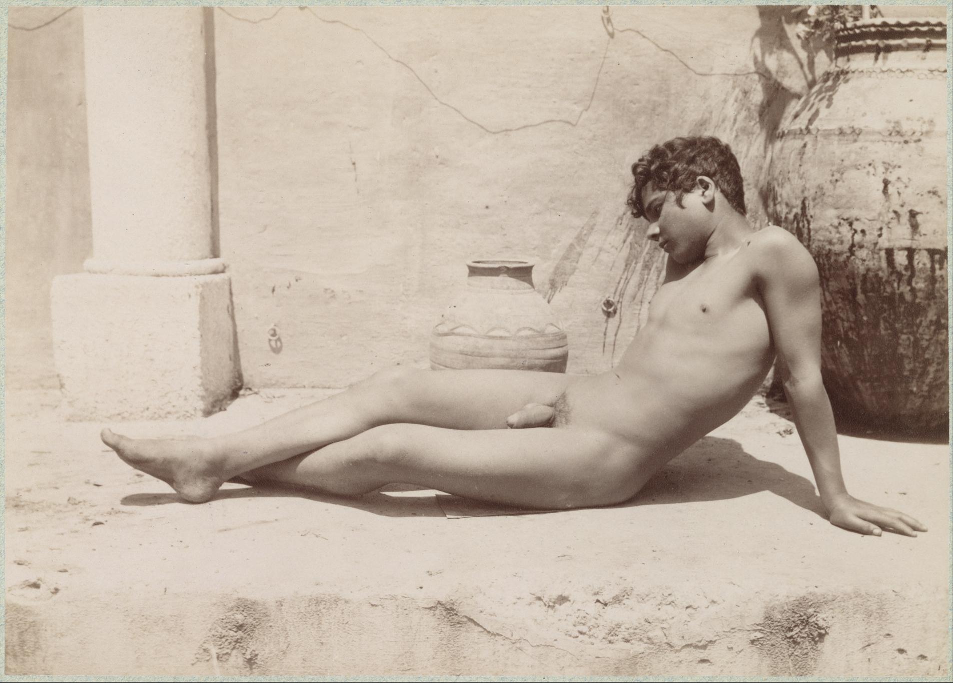 black-naked-boys-trade-nudes-arabic
