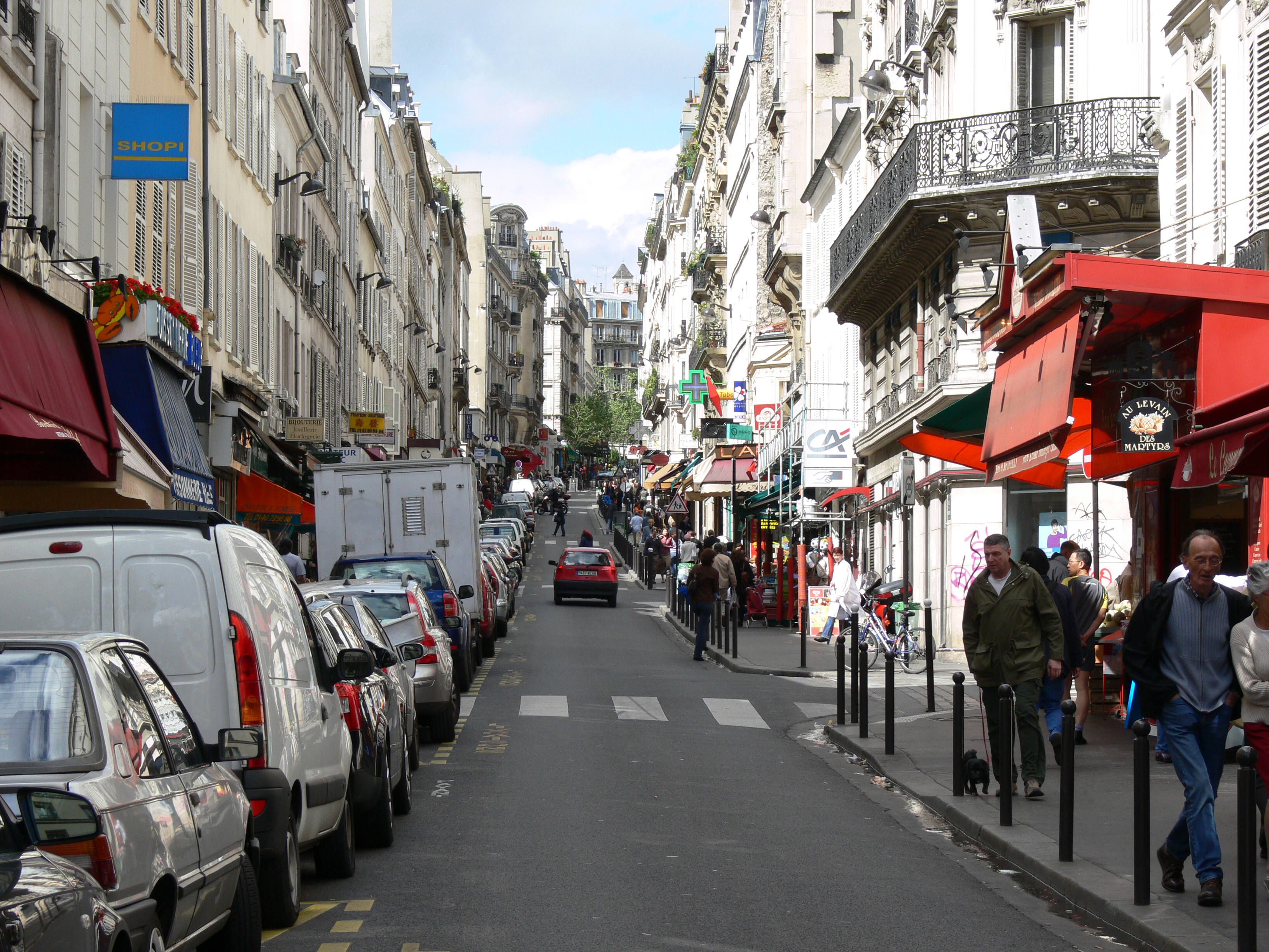 file rue de martyrs paris wikimedia commons