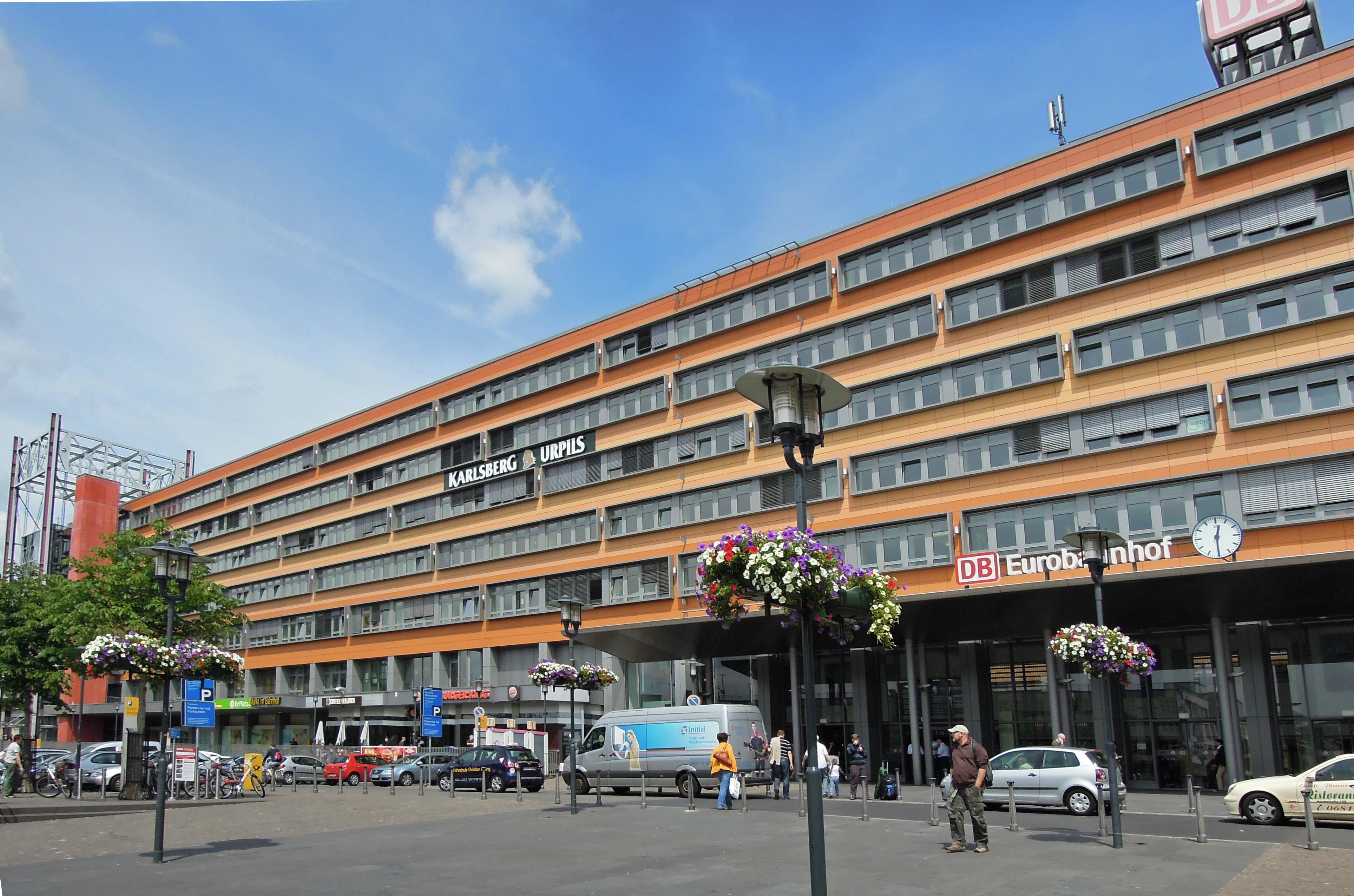 1b77c24068bfe2 Saarbrücken Hauptbahnhof – Wikipedia