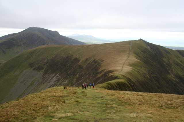 Saddle between Trym y Ddysgl and Mynydd Tal-y-Mignedd - geograph.org.uk - 1348406
