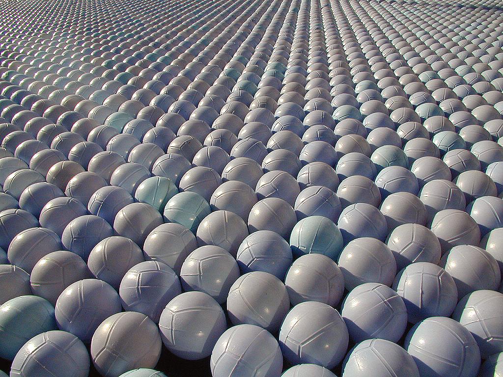 Shade balls - Wikipedia