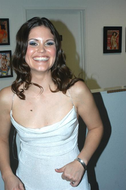 Selena Silver Nude Photos 20