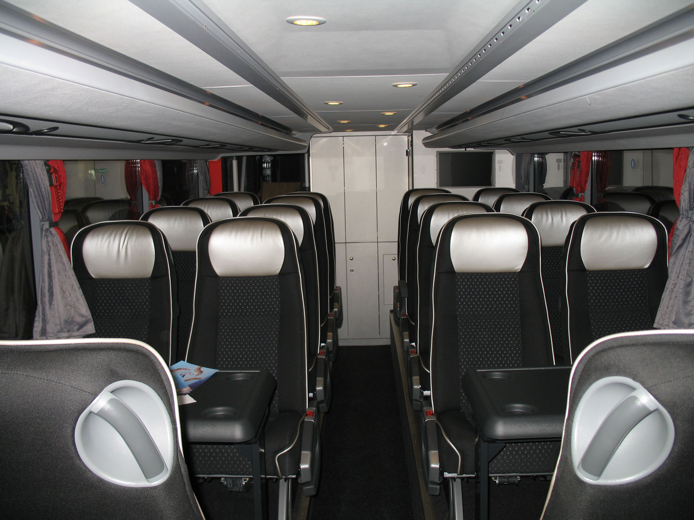 File:Setra S 431 DT - interior rear.jpg