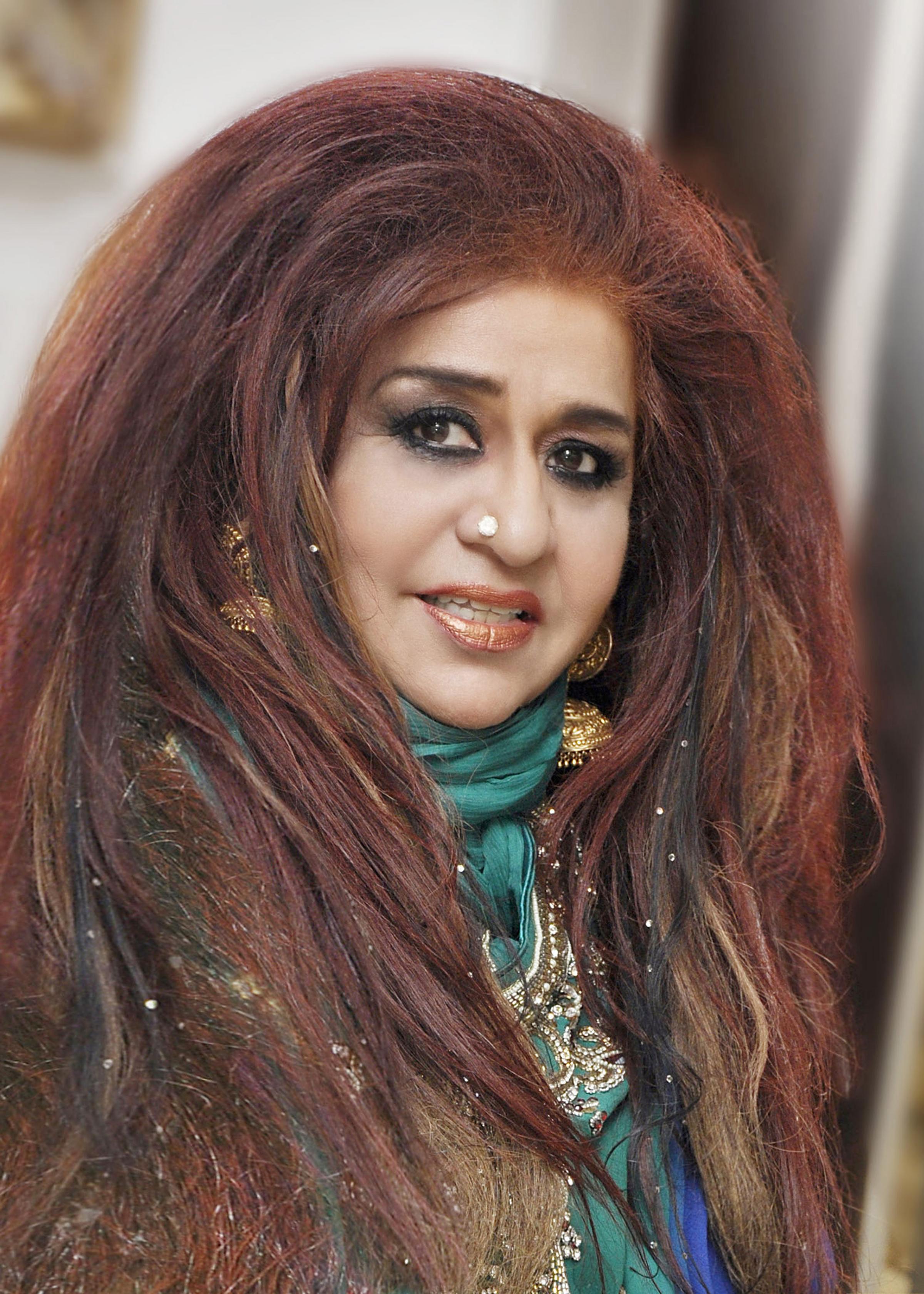 shahnaz hussain a successful indian woman entrepreneur