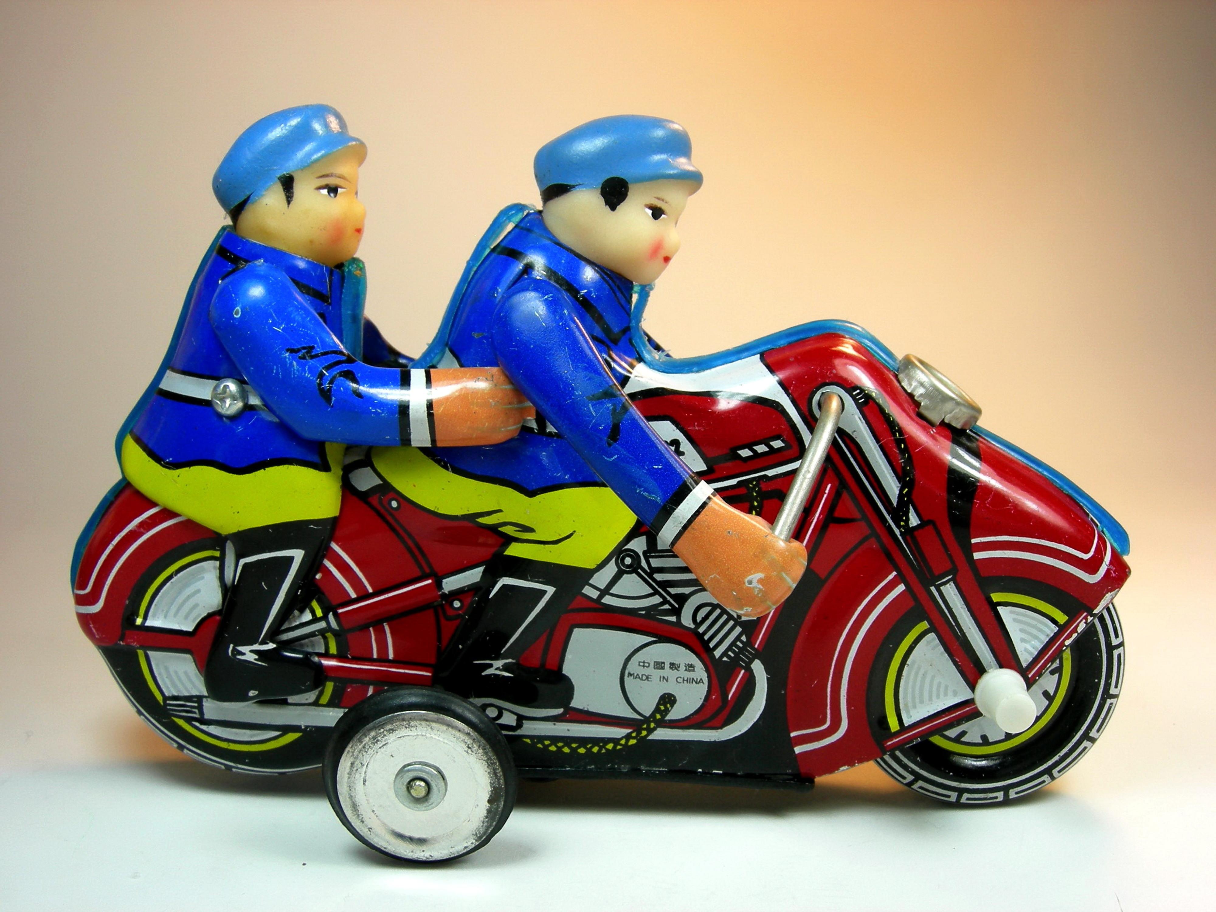 No No Toys : File shanghai toy factory no tin siren friction