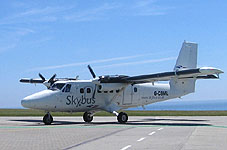 Eine de Havilland Canada DHC-6 der Isles of Scilly Skybus