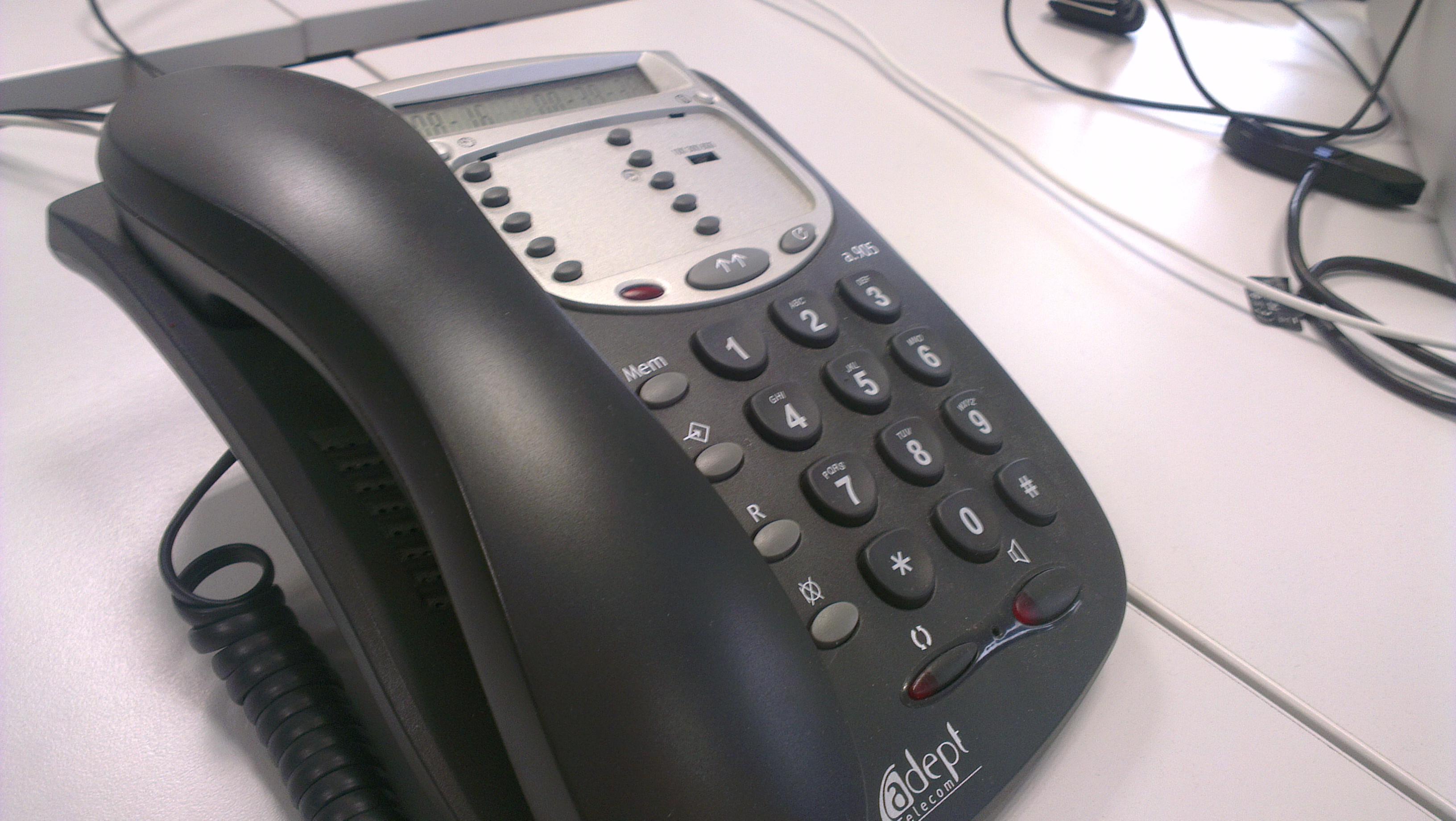 wiki File:Telephone fixejpeg