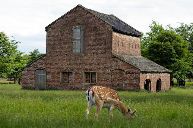The Deer Barn, Dunham Park (Dunham Massey) - geograph.org.uk - 447608