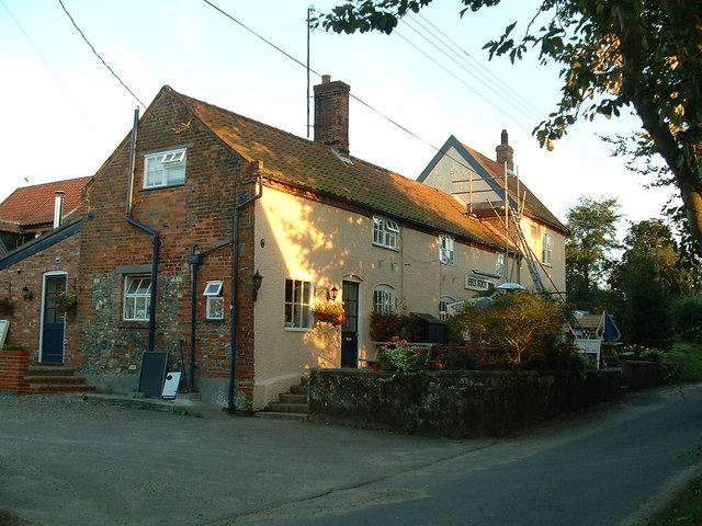 File:The Eel's Foot pub, Eastbridge, Suffolk - geograph.org.uk - 739326.jpg