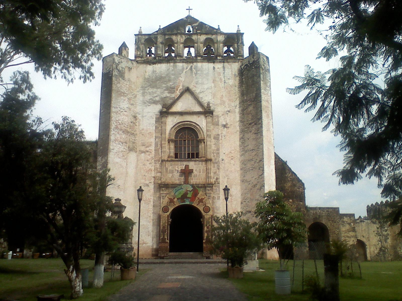 fachada del templo de Tlayacapán
