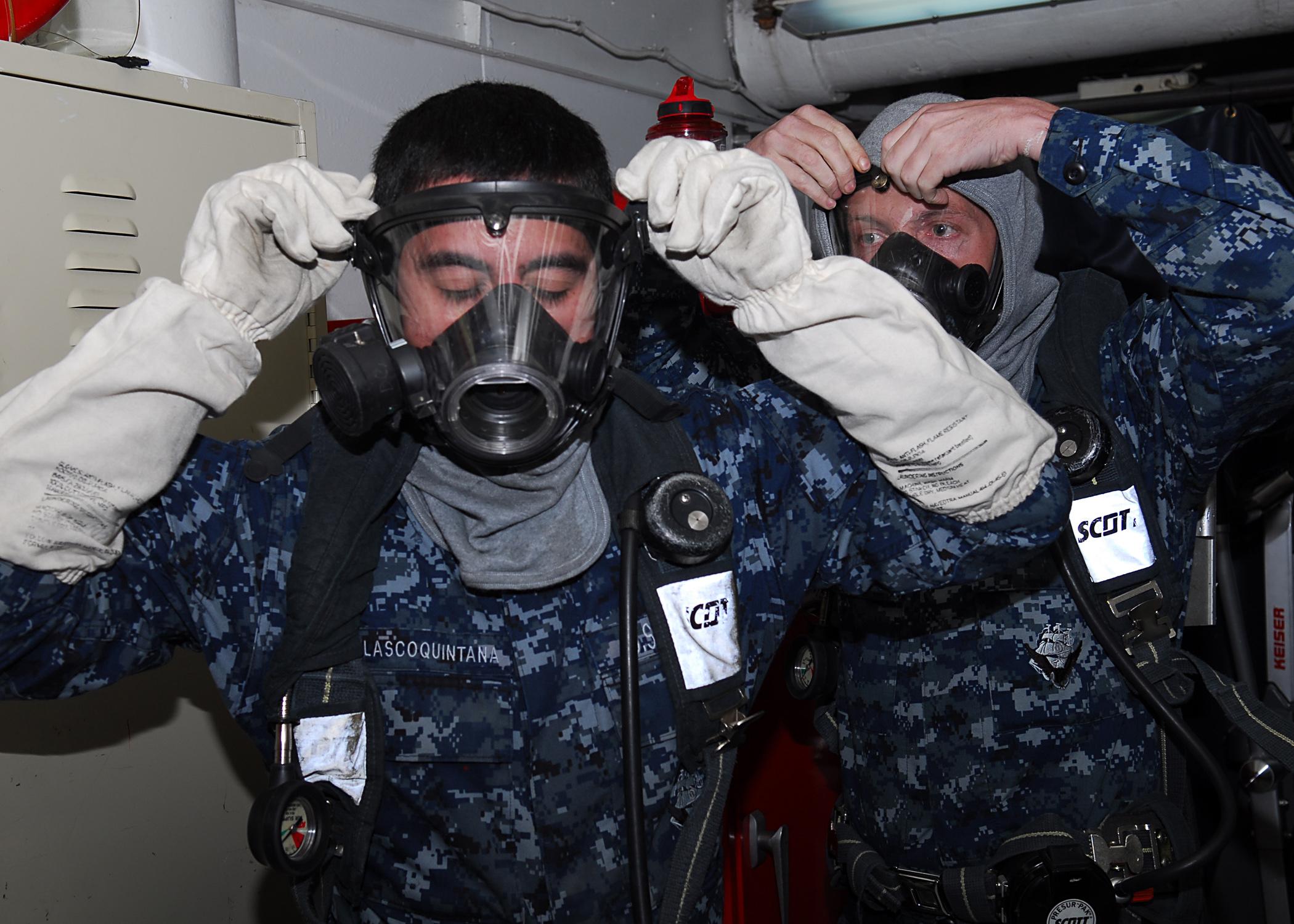 File Us Navy 110721 N Va590 177 On Scene Investigators Don